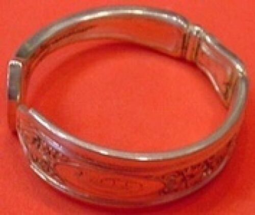 """Saint Dunstan Chased by Gorham Sterling Silver Napkin Ring 1 3/4"""""""