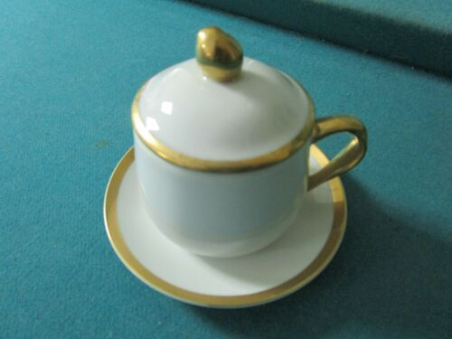 Neiman Marcus set of 8 creme cups and saucers, white with gold[4-*59]