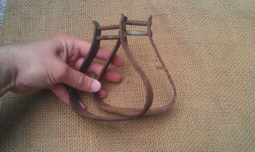 ANTIQUE WROUGHT IRON HORSE STIRRUPS 19TH CENTURY BLACKSMITH HAND FORGED