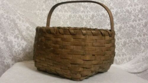 Splint Made Basket with Handle from New England 1800's
