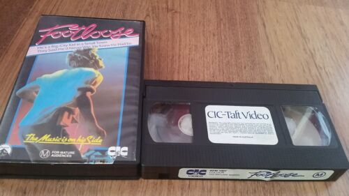 FOOTLOOSE - KEVIN BACON -  VHS VIDEO TAPE