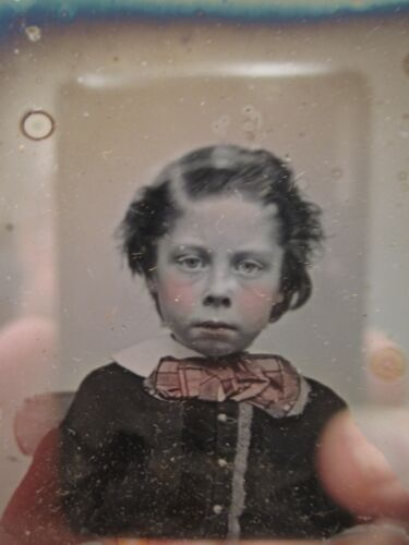 ANTIQUE DAGUERREOTYPE EARLY AMERICAN PINK BOW TIE BOY ARTISTIC WESTERN? PHOTO