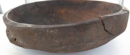 .RARE ANTIQUE PNG PAPUA NEW GUINEA CARVED BOWL FROM BOIKEN DISTRICT, EAST SEPIK