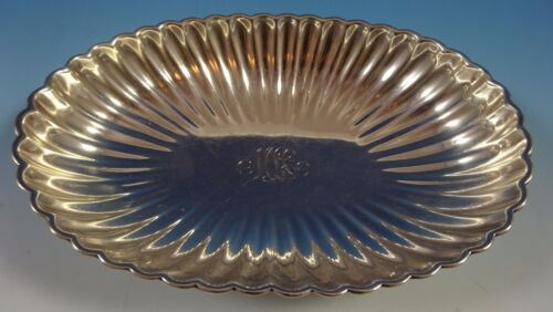 Gorham Sterling Silver Bowl Oval Fluted with Four Ball Feet #A42603 (#1389)