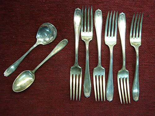 1881 ROGERS A1 -CHIPPENDALE/ADAIR PATTERN - DINNER FORKS + VINTAGE SILVER PLATE