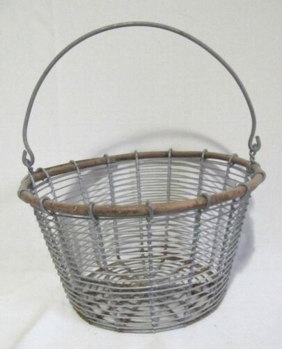 ANTIQUE PRIMITIVE WOVEN TWIST WIRE EGG VEGETABLE GATHERING BASKET W/ HANDLE