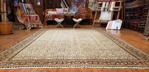 Antique 1930-1940s Muted Pure Wool Colored Pile Bunyan Rug 7x10ft
