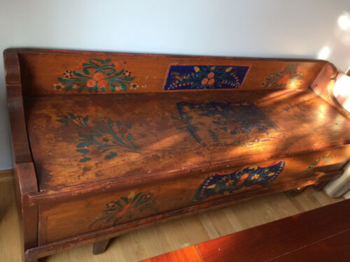 antique trundle bench-bed 1926 hand painted