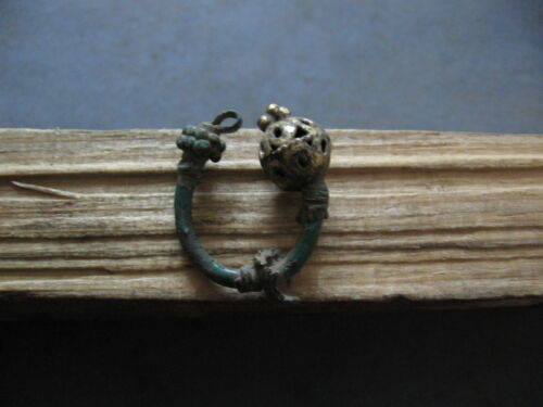 BRONZE AGE EARRING WITH GILDED HEAD ANCIENT CELTIC BRONZE ARTIFACT 900-700 B.C.
