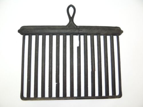 Antique Old Metal Cast Iron Black Kitchen 5K Cooking Stove Grill Griddle Handle