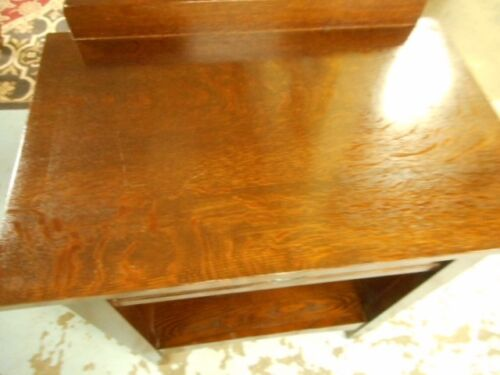 signed stickley 0ne drawer oak night stand / end table mission style Lot 49