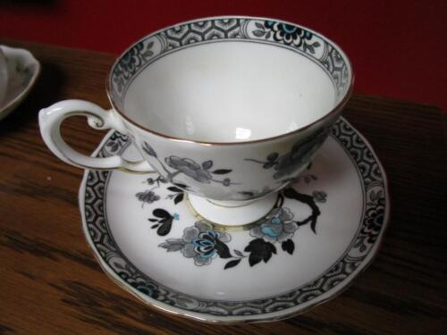 TUSCAN ENGLAND FINE CHINA CUP AND SAUCER [*102]