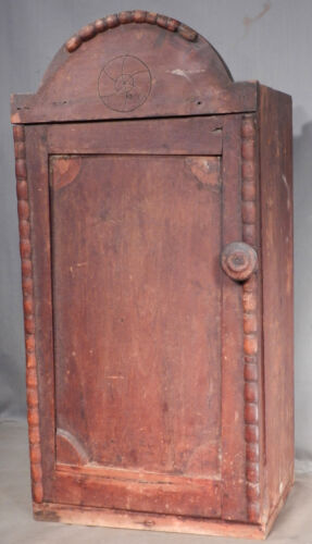 Antique Pennsylvania Early American Dovetailed Hanging Wall Cupboard Cabinet