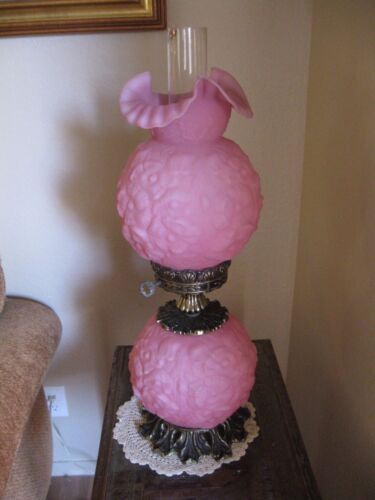 Rare 'Hard to Find' Beautiful Vintage Antique Fenton Pink Poppy Table Lamp NICE!