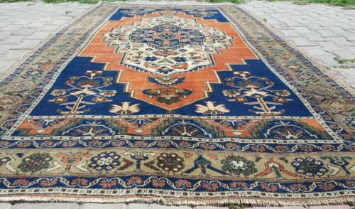 """Fine Decorative Antique 1930-1939s Wool Pile 5'5""""×9'10""""  Muted  Dyes  Dowry Rug"""