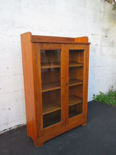 Mission Style Early 1900s Solid Oak Bookcase Bookshelf Display Cabinet  8727