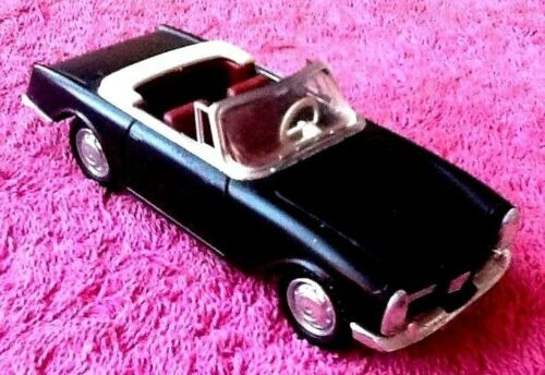 Voiture miniature  Facel Vega 2  (Solido)