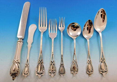 Monticello by Lunt Sterling Silver Flatware Set For 12 Service 100 Pieces