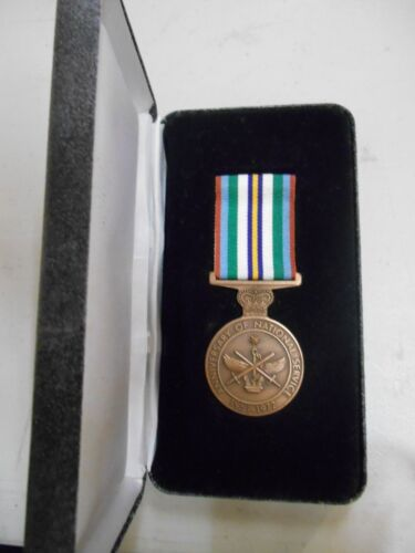 NATIONAL SERVICE 1951-1972 MEDAL NAMED IN BOX OF ISSUE1914 - 1918 (WWI) - 13962
