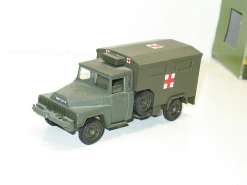 SOLIDO militaire, camion ACMAT 4X4 fourgon ambulance sanitaire
