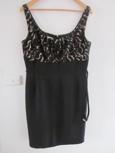 BEAUTIFUL BLACK DRESS WITH LACEY BODICE SIZE BY EVAN PICONE SIZE 14