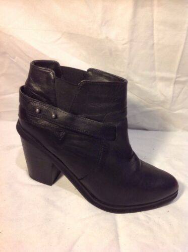Belle&Mimi Black Ankle Leather Boots Size 6
