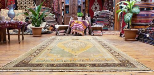 Beautiful Antique Cr1900-1939s Muted Natural  Dye, Legendary Oushak  Rug 5x8ft