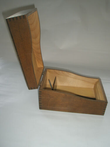 Vintage Antique Dovetail Tongue & Groove Merchant's Wood File Box Hinged Lid