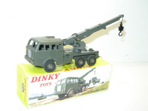 DINKY TOYS, camion BERLIET GRUE militaire