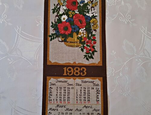 VINTAGE FLORAL ART 1983 BROWN YELLOW COTTON LINEN WALL TAPESTRY CALENDAR