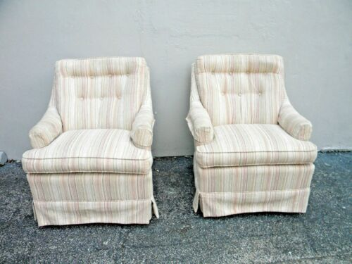Mid Century Modern Pair of Tufted Side Chairs 2341