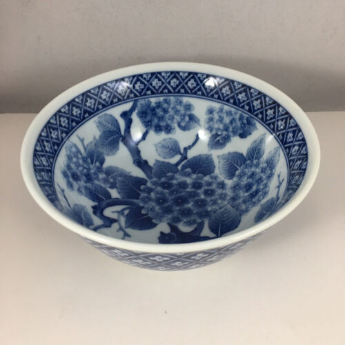 "Japanese Chinese Rice Soup Bowl 6""D Porcelain Blue White Ajisai Made in Japan"