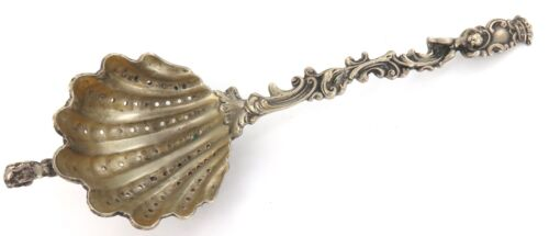 .ANTIQUE CONTINENTAL SILVER DECORATIVE PIERCED LADLE with HANGING HOOK.