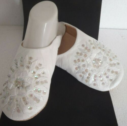 MOROCCAN * WHITE * LEATHER SEQUINED SLIPPERS