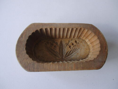 ANTIQUE GERMAN WOOD HAND CARVED BUTTER MOLD
