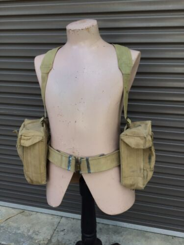 Australia WW2  Pattern 37 Jungle Webbing Set ( Large Bren Pouches)1939 - 1945 (WWII) - 13977
