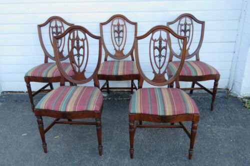 Duncan Phyfe Shield Back Mahogany Set of Five Dining Chairs 1864