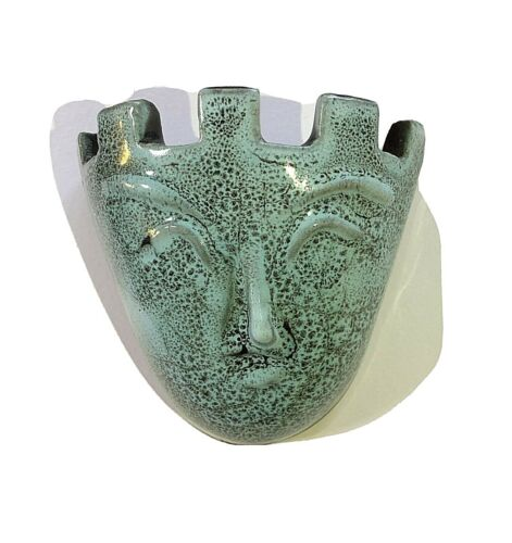 Collectable Accolay Face Sconce
