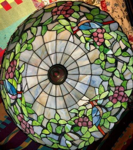 """Dale Tiffany Leaded Stained Glass Vntg Signed w/ Birds & Grapes  20"""" Lamp Shade"""