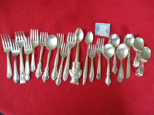 (20) Silverplate Baby/Infant Spoons/Forks Flatware Pieces, Mixed Lot    #22