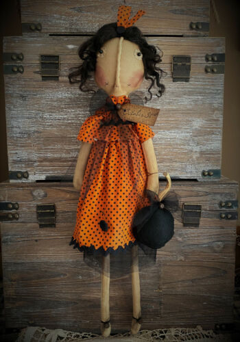 FoLk Art PrimiTive Halloween Orange Black dot Dress PumpKin ParTy Raggedy DOLL