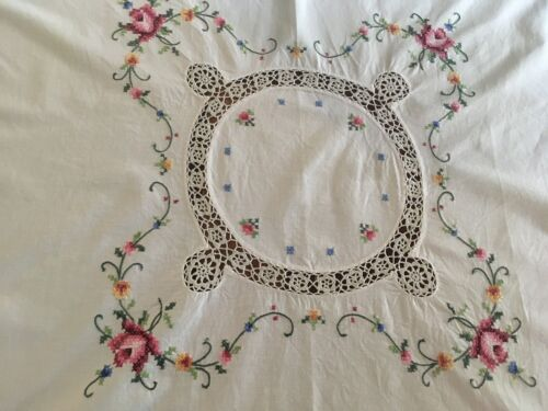 Vintage Cream Cotton Cross Stitch Embroidered Roses Tablecloth Supper Cloth VGC