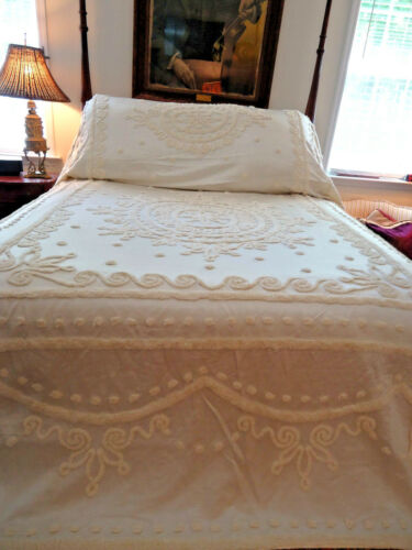 1930S-40S GLAM, FILM PROP,  WHITE CHENILLE HUGE SPREAD AND DRAPES,, BEAUTIFUL,