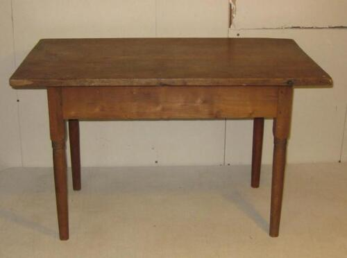 ANTIQUE MINIATURE CHILDS BENCH MADE PEGGED TAVERN TABLE