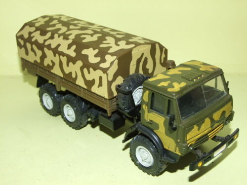 CAMION KAMAZ 4310 MILITAIRE CAMOUFLAGE MADE IN URSS