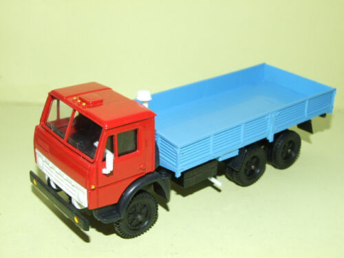 CAMION KAMAZ 5320 PLATEAU MADE IN URSS