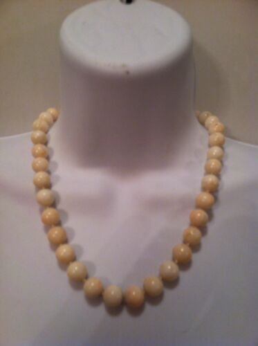 antique NATURAL UN-ENHANCED creamy white OCEAN CORAL necklace JAPAN c. 1920 14k