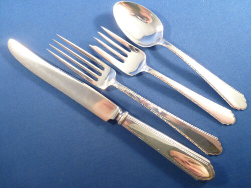 William & Mary-Lunt Sterling 4-PC Place Setting(s)-French