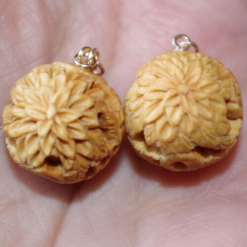 VINTAGE 14K  HAND CARVED WOOD SUNFLOWER LARGE BALL EARRINGS JACKETS