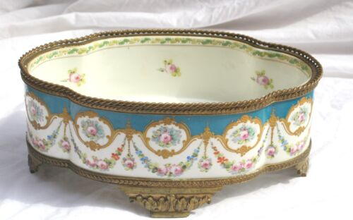 MAGNIFICENT 19 CENTURY FRENCH SEVRES HAND PAINTED ENAMELED BRONZE DISH